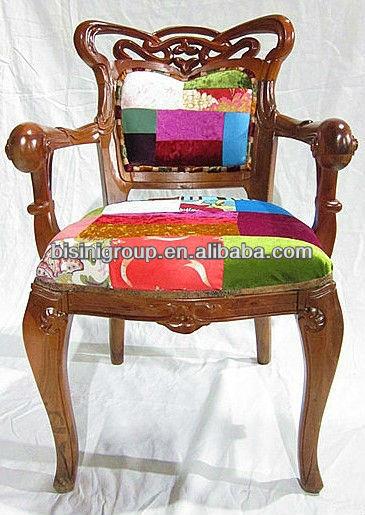 Style espagnol en bois fauteuil avec patchwork tissu for Salle a manger en espagnol