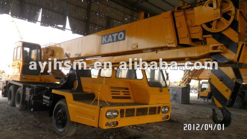 used KATO crane 25t