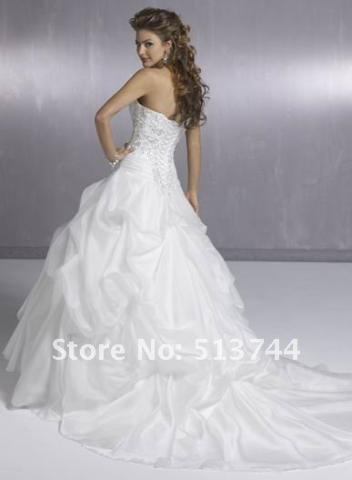 weekly-deal-wedding-dress-2012-031-1_01.jpg