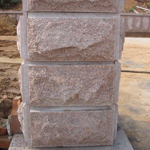 Stenen muur voor tuin overspannen deuropening in bakstenen muur de tuin van koning - Muur tuin ...