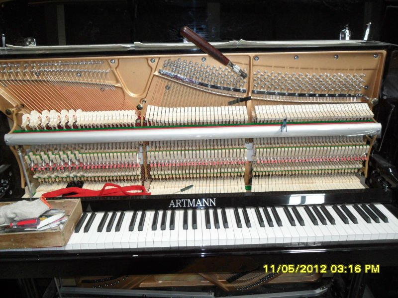 UP-126 Artmann Piano Music Instrument