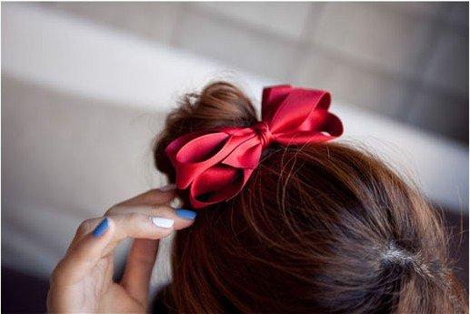 Красивый бантик на волосы