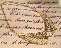 Колье Ожерелья