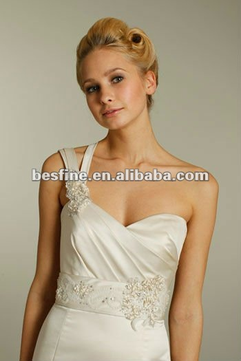 alvina-valenta-bridal-silk-duchess-satin-soft-fluted-sweetheart-one-shoulder-pleated-sash-natural-sweep-9159_x2.jpg
