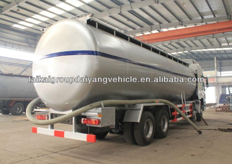powder tank truck