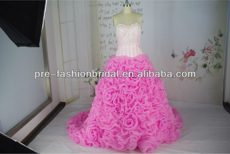 2014 Real Sample Picture Sweetheart Sequins Ruffle And Pink Flower Red White Wedding Dress