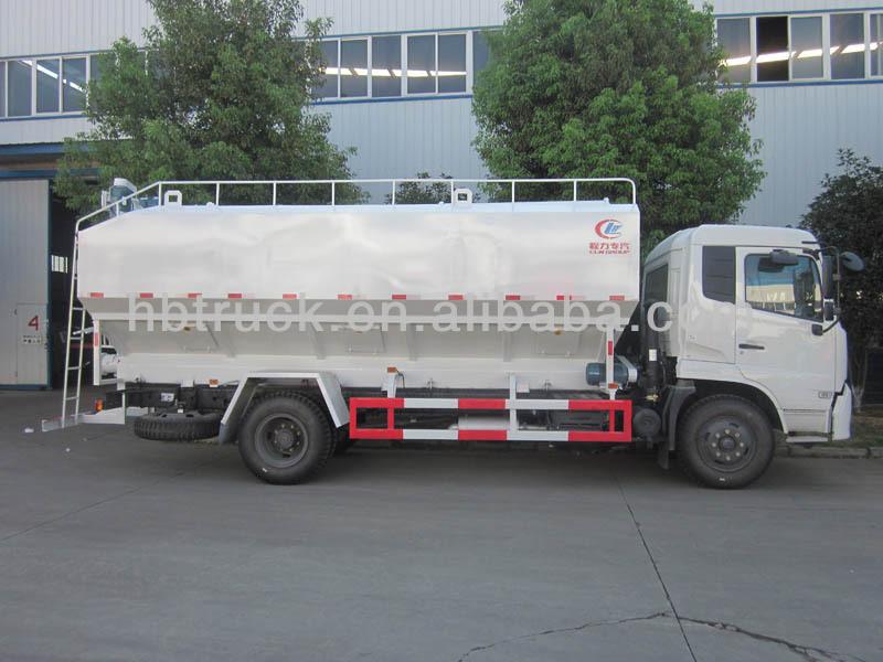 bulk feed truck 05.jpg