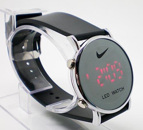 Наручные часы LED 1125 11125