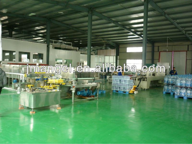 Jiangmen automatic bottle filling machine price/pet bottle filling machine/mineral water bottle filling machine