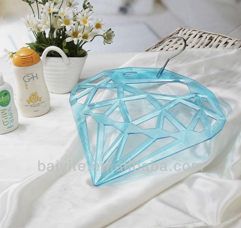 2013 NEW style plastic buterfly diamond scarf hanger