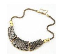 Новые прибытия качество змеиной дизайн трех патчей воротник ожерелье