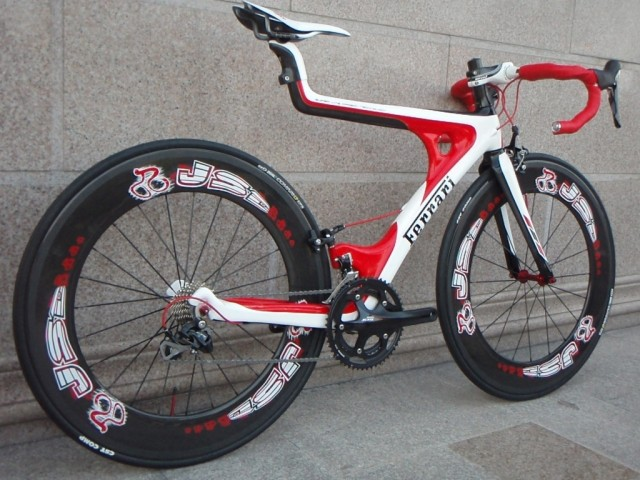 Bikes Racing On Road Full carbon fiber road