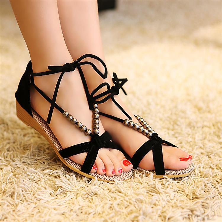 أحذية جديده للبنات 2014 أحذية 714668690_058.jpg