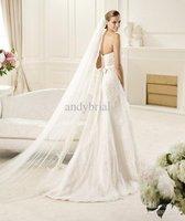 Wholesale - New Arrival Sexy Lace Edge Bridal Veil Chapel Train Length Net Wedding Veils 2012 Selling