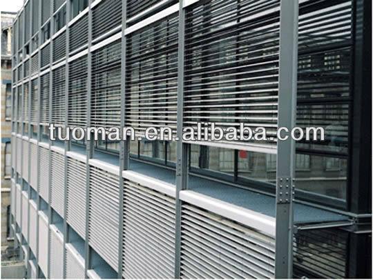 Store venitien exterieur store enrouleur extrieur avec for Store venitien exterieur aluminium