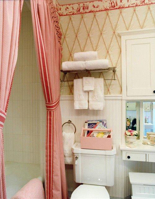curtain rod hook in bathroom.jpg
