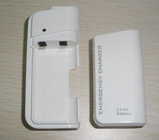 AA Battery Emergency Charger  v2.jpg