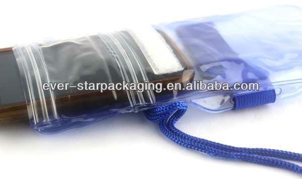 2013 New Design Hanging Waterproof Cellphone Bag