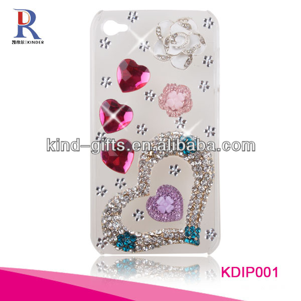 bling case for iphone 5 with big and small heart design.jpg