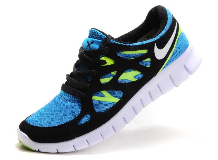 24, 24 es Nike cipő szép állapotban Foglalva