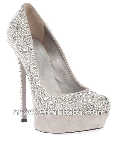 Белые туфли на шпильке 8
