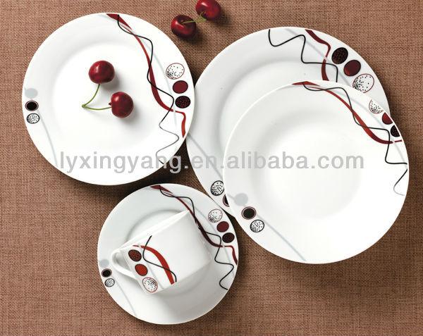 Elegant plastic dinnerware images for Service de table rouge