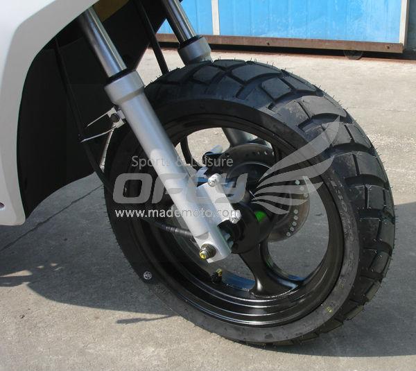 Durable Gas Motor Scooter MS0538EECEPA-front wheel.jpg