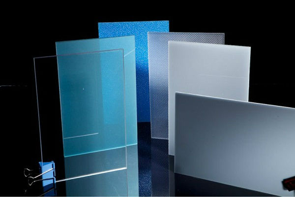 china unbreakable solar polycarbonate sheets solid pc board