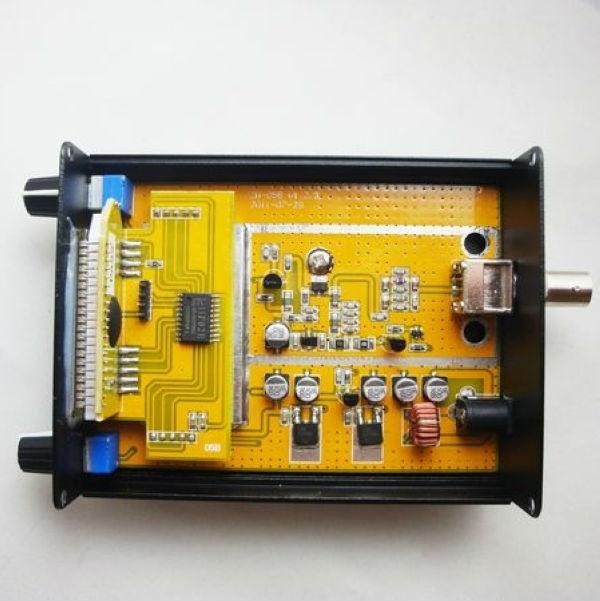 CZE-05B 0.5W Stereo PLL FM Transmitter 5km Long Range FM Transmitter