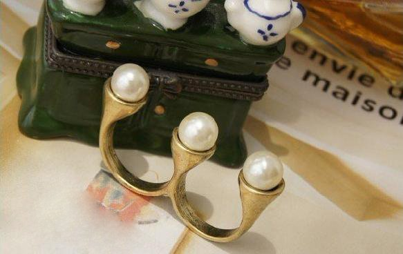 Charm Vintage Bronze Style 3pcs Retro Pearl Double Finger Ring B