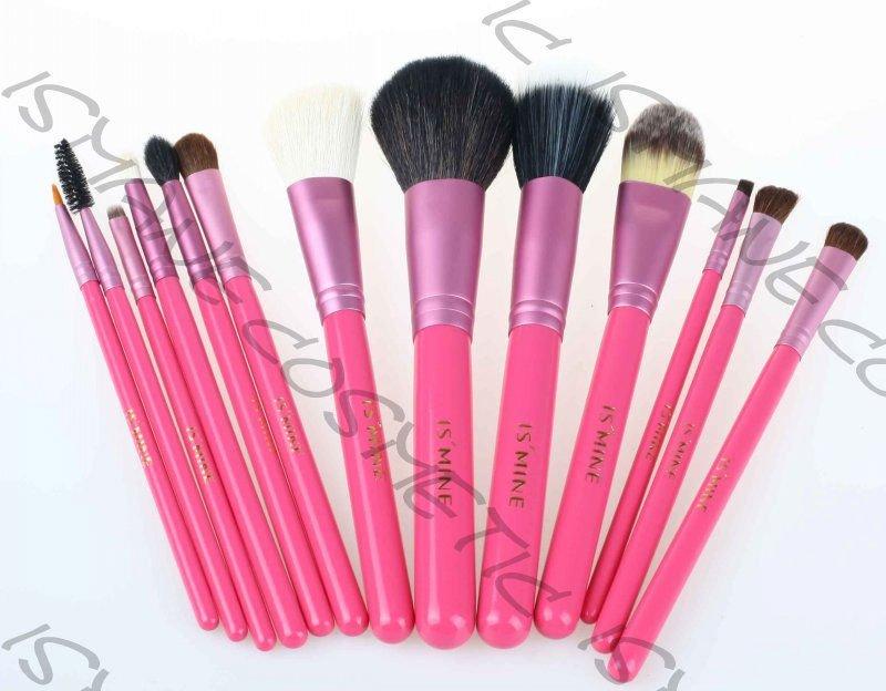 Handle Makeup Brushes/