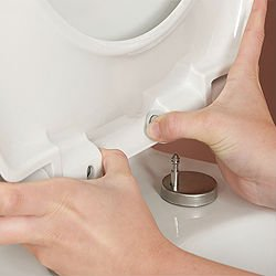 Quick Release toilet seat cover 2