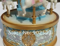 Музыкальная шкатулка Exquisite mini Carousel music box, whirligig, merry-go-round, the horse moving up and down, wonderful gift