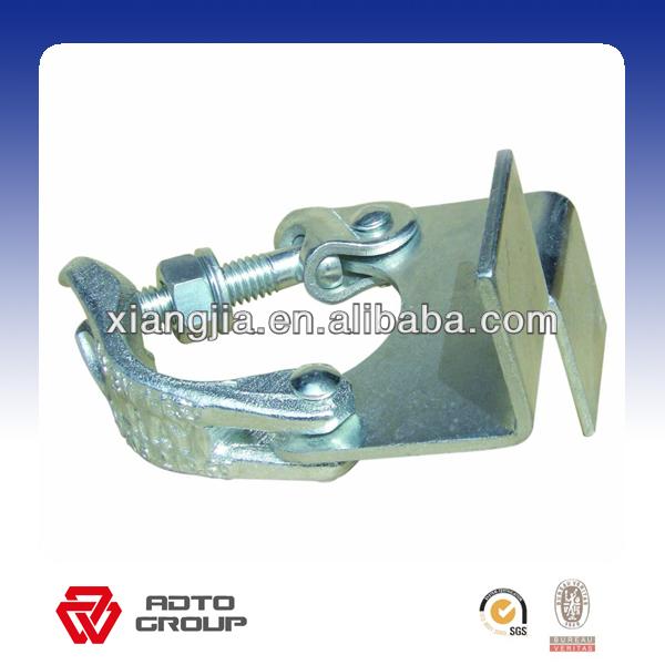 board retaining coupler