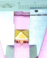 Клепки для одежды 8mm Pyramid Studs golden Punk Rock DIY Rivets Nailheads Spike For Clothing Bags Shoes / 1000pcs/lot GZ005-8G CP