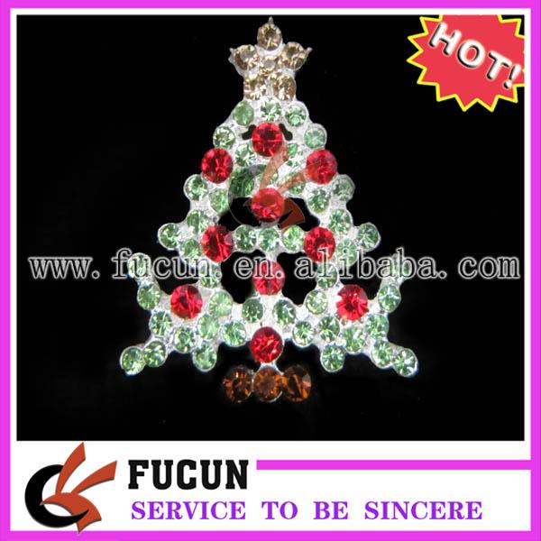 christmas tree rhinestone brooch.jpg