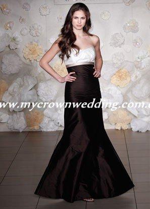 short black and white bridesmaid. lack and white bridesmaid