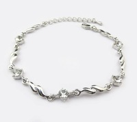 Free shipping 370 Korean version of the bracelet flash Hearts and Arrows  Rhinestone  Crystal Bracelet