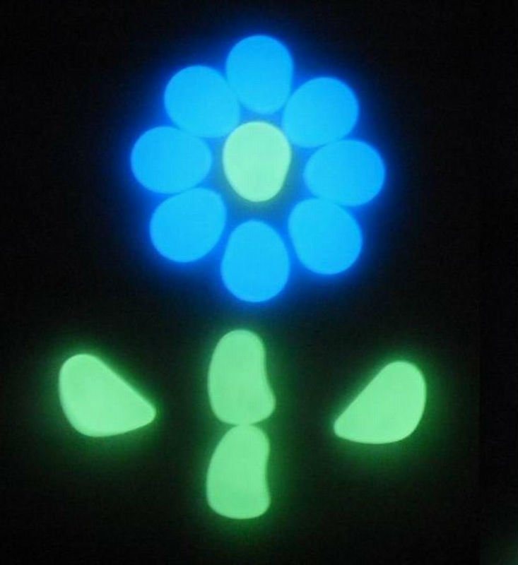 glow in the dark pebbles/photoluminescent pebbles