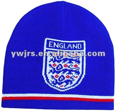 2013 fashionable custom sports knitted winter hat