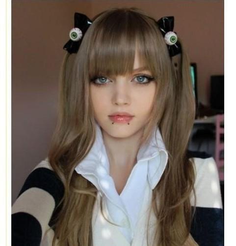 16 летняя Дакота Роуз известная в социальных сетях под ником KotaKoti.