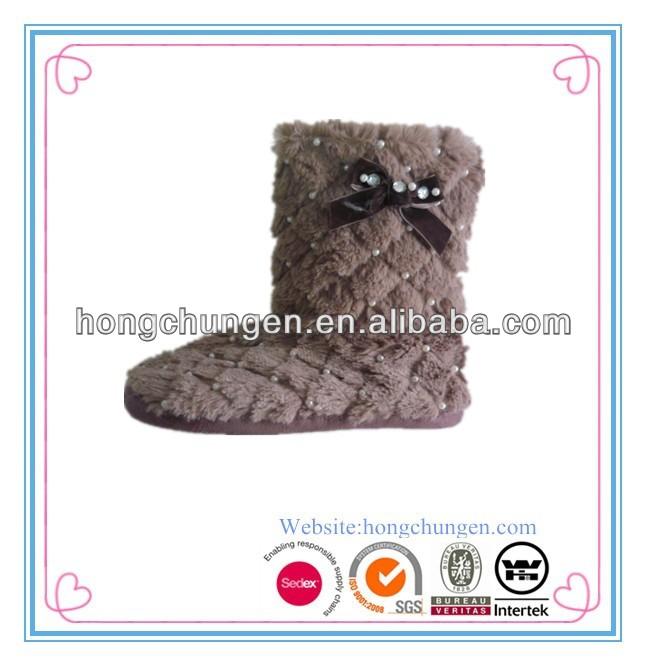 latest design cute pom-pom plush women boots