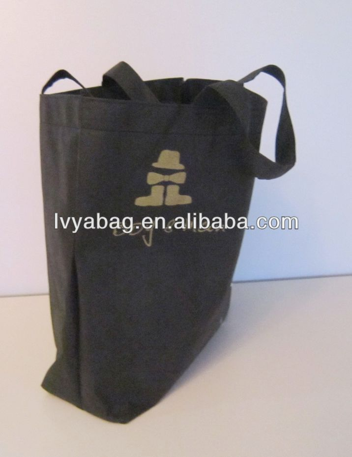 black shopping non woven bag with horse logo for cloth