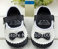 Пинетки S014 New Coming Very Cute children's Warm shoe white-black dot Beautiful Baby Shoes color black-blue soft sole baby shoe