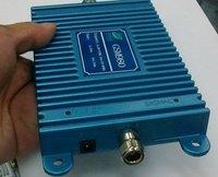 Усилитель сигнала для мобильных телефонов new! 33dbm power 70dbi gain 3000square meter work, GSM 900Mhz mobile phone booster, GSM signal repeater