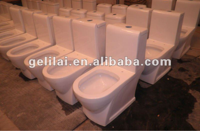 Bathroom Red/Black Color Ceramic Toilet