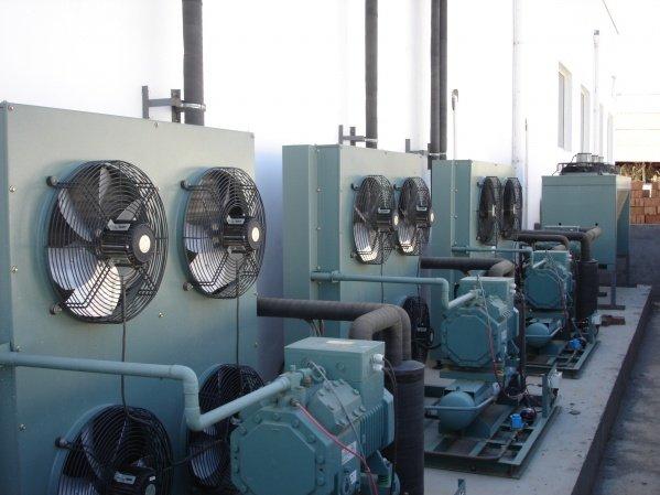 cold room piston condensing unit with bitzer or copeland compressor