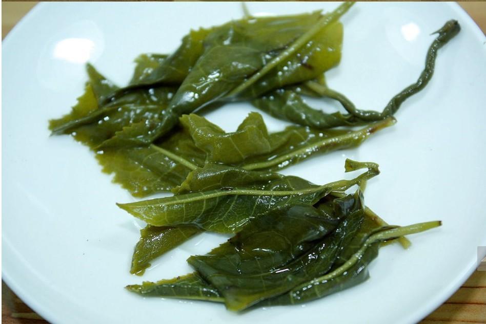 Зеленый чай 150 biluochun 2015
