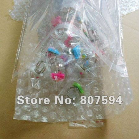 100Ps/lot Free shipping children's Resin resizable Ring finger ringcolorized  lovely hello kitty rings jewelry jewellery opp x20
