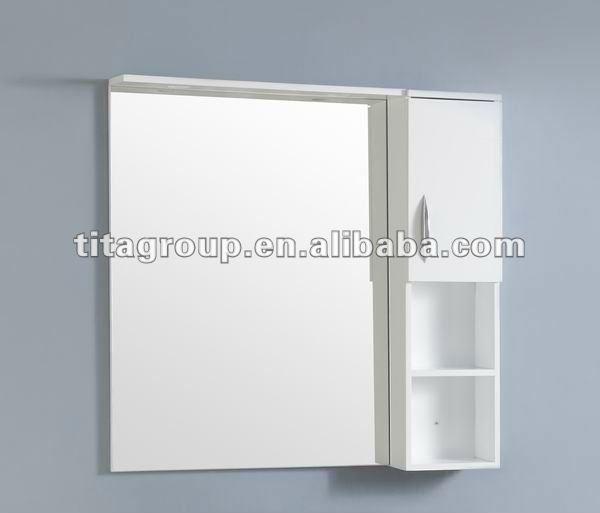 Armario De Parede Banheiro Com Espelho : Montado na parede de canto do arm?rio espelho banheiro